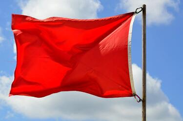 red-flag-3132583_1280